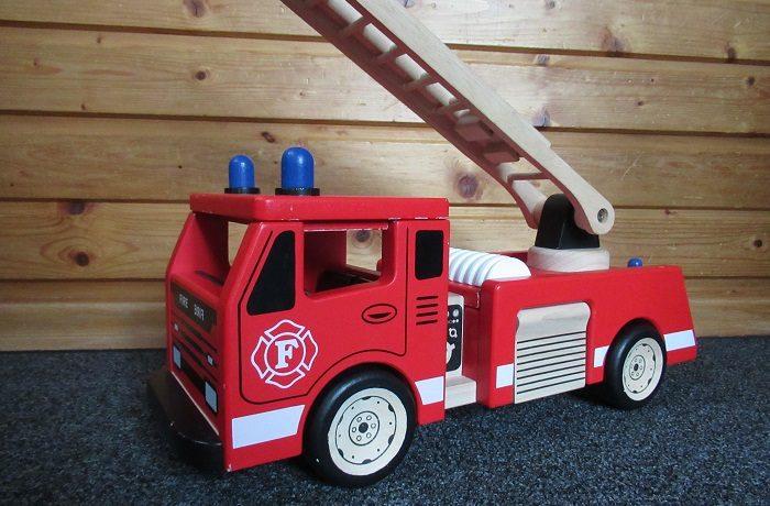 Besuch der Wackelzähne bei der Feuerwehr